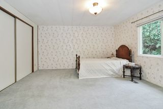 """Photo 11: 40 2305 200 Street in Langley: Brookswood Langley Manufactured Home for sale in """"Cedar Lane Park"""" : MLS®# R2524495"""