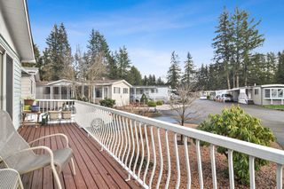 """Photo 18: 40 2305 200 Street in Langley: Brookswood Langley Manufactured Home for sale in """"Cedar Lane Park"""" : MLS®# R2524495"""