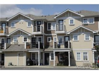Photo 17: 205 2695 Deville Rd in VICTORIA: La Langford Proper Row/Townhouse for sale (Langford)  : MLS®# 516716