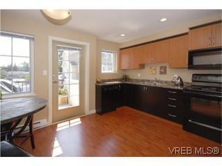Photo 7: 205 2695 Deville Rd in VICTORIA: La Langford Proper Row/Townhouse for sale (Langford)  : MLS®# 516716