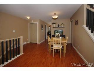 Photo 3: 205 2695 Deville Rd in VICTORIA: La Langford Proper Row/Townhouse for sale (Langford)  : MLS®# 516716