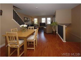 Photo 4: 205 2695 Deville Rd in VICTORIA: La Langford Proper Row/Townhouse for sale (Langford)  : MLS®# 516716