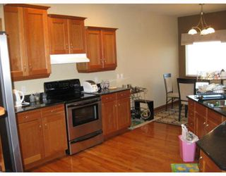 Photo 4: 3 WESTWATER Drive in WINNIPEG: Windsor Park / Southdale / Island Lakes Residential for sale (South East Winnipeg)  : MLS®# 2920605
