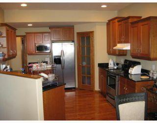 Photo 5: 3 WESTWATER Drive in WINNIPEG: Windsor Park / Southdale / Island Lakes Residential for sale (South East Winnipeg)  : MLS®# 2920605