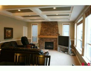 "Photo 3: 21683 90A Avenue in Langley: Walnut Grove House for sale in ""Madison Park"" : MLS®# F1002997"