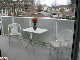 "Photo 5: 47 9918 148TH Street in Surrey: Guildford Townhouse for sale in ""HIGH POINT COURT"" (North Surrey)  : MLS®# F1007949"