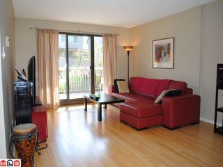 """Photo 2: 106 1448 FIR Street: White Rock Condo for sale in """"The Dorchester"""" (South Surrey White Rock)  : MLS®# F1016497"""