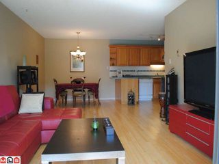 """Photo 3: 106 1448 FIR Street: White Rock Condo for sale in """"The Dorchester"""" (South Surrey White Rock)  : MLS®# F1016497"""