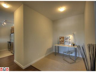 Photo 8: 408 2943 NELSON Place in Abbotsford: Central Abbotsford Condo for sale : MLS®# F1020850