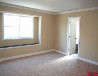 Photo 4: 18048 64TH AV in Surrey: Cloverdale BC House for sale (Cloverdale)  : MLS®# F2603796