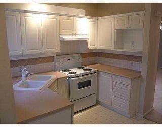 "Photo 7: 47 22000 SHARPE Avenue in Richmond: Hamilton RI Townhouse for sale in ""RICHMOND MEWS"" : MLS®# V734640"