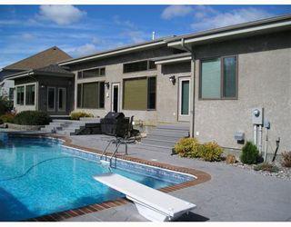 Photo 3: 66 BILLINGHAM Place in WINNIPEG: River Heights / Tuxedo / Linden Woods Residential for sale (South Winnipeg)  : MLS®# 2902882