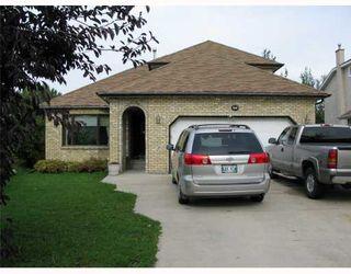Photo 1: 20 GUNDY LAKE Bay in WINNIPEG: Fort Garry / Whyte Ridge / St Norbert Residential for sale (South Winnipeg)  : MLS®# 2910506