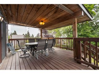 Photo 10: 1610 HEMLOCK Place in Port Moody: Mountain Meadows House for sale : MLS®# R2389571