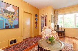Photo 4: 481 Constance Ave in VICTORIA: Es Esquimalt Single Family Detached for sale (Esquimalt)  : MLS®# 823618
