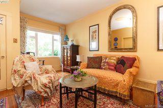 Photo 3: 481 Constance Ave in VICTORIA: Es Esquimalt Single Family Detached for sale (Esquimalt)  : MLS®# 823618
