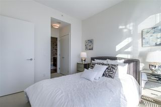 "Photo 11: 2903 3007 GLEN Drive in Coquitlam: North Coquitlam Condo for sale in ""Evergreen"" : MLS®# R2409385"