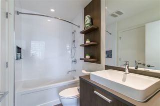 "Photo 14: 2903 3007 GLEN Drive in Coquitlam: North Coquitlam Condo for sale in ""Evergreen"" : MLS®# R2409385"