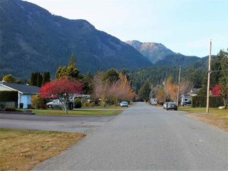 Photo 2: 411 7TH Avenue in Hope: Hope Center Land for sale : MLS®# R2418401