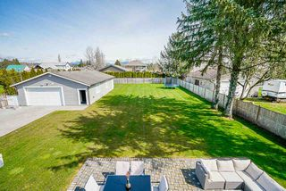Photo 12: 21713 MAXWELL Crescent in Langley: Salmon River House for sale : MLS®# R2449571