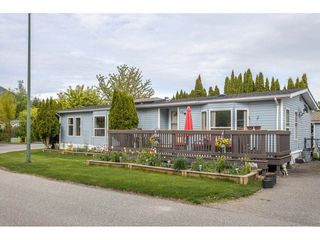 "Photo 1: 72 41168 LOUGHEED Highway in Mission: Dewdney Deroche Manufactured Home for sale in ""Oasis Country Estates"" : MLS®# R2454251"