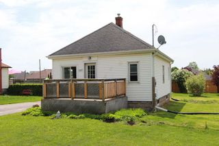 Photo 7: 547 E King Avenue in Clarington: Newcastle House (Bungalow) for sale : MLS®# E4773216
