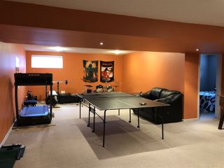Photo 20: 924 CHAHLEY Crescent in Edmonton: Zone 20 House for sale : MLS®# E4203699