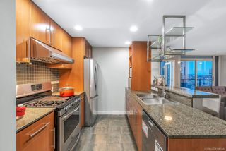 """Photo 6: 3106 583 BEACH Crescent in Vancouver: Yaletown Condo for sale in """"PARK WEST II"""" (Vancouver West)  : MLS®# R2471264"""