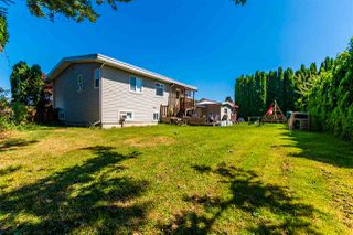 "Photo 3: 45640 NEWBY Drive in Chilliwack: Sardis West Vedder Rd House for sale in ""SARDIS"" (Sardis)  : MLS®# R2481893"