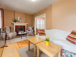 Photo 6: 909 5 Street NW in Calgary: Sunnyside Detached for sale : MLS®# A1037702