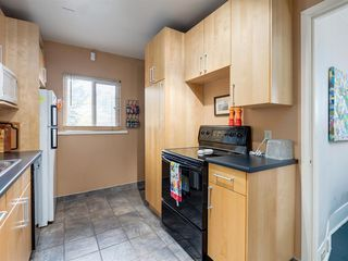 Photo 14: 909 5 Street NW in Calgary: Sunnyside Detached for sale : MLS®# A1037702