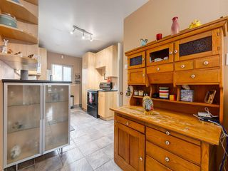 Photo 11: 909 5 Street NW in Calgary: Sunnyside Detached for sale : MLS®# A1037702