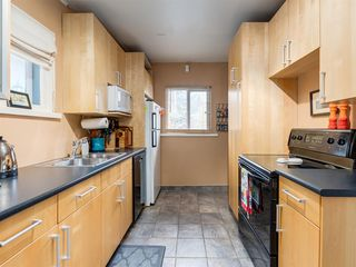 Photo 13: 909 5 Street NW in Calgary: Sunnyside Detached for sale : MLS®# A1037702