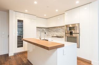 """Photo 4: 104 7428 ALBERTA Street in Vancouver: South Cambie Condo for sale in """"Belpark"""" (Vancouver West)  : MLS®# R2527858"""