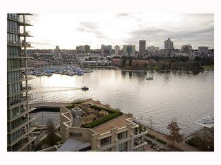 Photo 8: 1202 1383 MARINASIDE Crescent in Vancouver: False Creek North Condo for sale (Vancouver West)  : MLS®# V814667