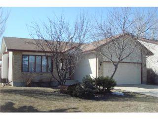 Photo 1: 2 Invermere Street in WINNIPEG: Fort Garry / Whyte Ridge / St Norbert Residential for sale (South Winnipeg)  : MLS®# 1004848