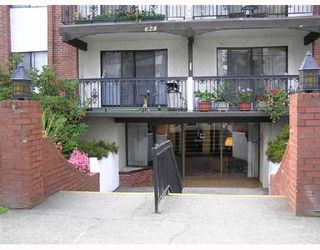 "Photo 1: 107 625 HAMILTON Street in New_Westminster: Uptown NW Condo for sale in ""CASA DEL SOL"" (New Westminster)  : MLS®# V738228"