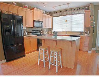 Photo 3: 24398 102 Avenue in Maple_Ridge: Albion House for sale (Maple Ridge)  : MLS®# V768071