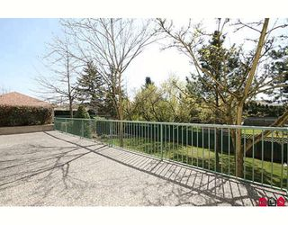 """Photo 9: 109 5955 177B Street in Surrey: Cloverdale BC Condo for sale in """"Windsor Place"""" (Cloverdale)  : MLS®# F2916723"""