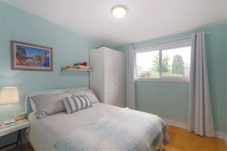 Photo 14: 1845 SUTHERLAND Avenue in North Vancouver: Boulevard House for sale : MLS®# R2403280