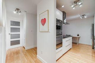 """Photo 4: 213 428 AGNES Street in New Westminster: Downtown NW Condo for sale in """"SHANLEY MANOR"""" : MLS®# R2422740"""