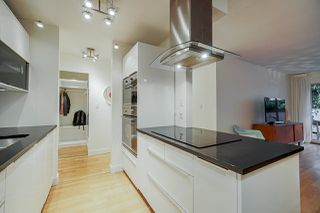 """Photo 5: 213 428 AGNES Street in New Westminster: Downtown NW Condo for sale in """"SHANLEY MANOR"""" : MLS®# R2422740"""