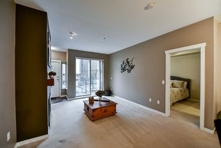 """Photo 17: 32 9229 UNIVERSITY Crescent in Burnaby: Simon Fraser Univer. Townhouse for sale in """"Serenity"""" (Burnaby North)  : MLS®# R2422939"""
