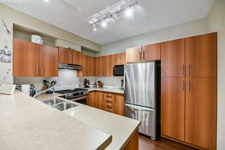 """Photo 8: 32 9229 UNIVERSITY Crescent in Burnaby: Simon Fraser Univer. Townhouse for sale in """"Serenity"""" (Burnaby North)  : MLS®# R2422939"""