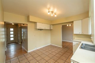 Photo 9: 14716 88 Avenue NW in Edmonton: Zone 10 House for sale : MLS®# E4198066