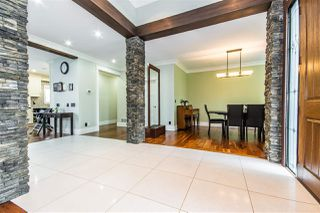 Photo 2: 27051 26 Avenue in Langley: Aldergrove Langley House for sale : MLS®# R2466593