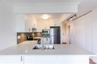 """Photo 3: 601 701 W VICTORIA Park in North Vancouver: Central Lonsdale Condo for sale in """"GATEWAY"""" : MLS®# R2474019"""