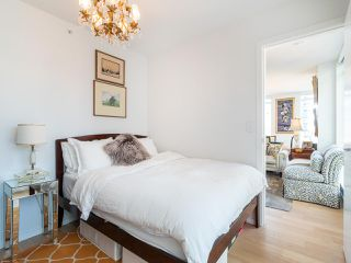 """Photo 19: 808 1351 CONTINENTAL Street in Vancouver: Downtown VW Condo for sale in """"MADDOX"""" (Vancouver West)  : MLS®# R2487388"""