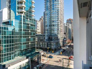 """Photo 31: 808 1351 CONTINENTAL Street in Vancouver: Downtown VW Condo for sale in """"MADDOX"""" (Vancouver West)  : MLS®# R2487388"""
