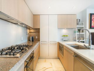 """Photo 4: 808 1351 CONTINENTAL Street in Vancouver: Downtown VW Condo for sale in """"MADDOX"""" (Vancouver West)  : MLS®# R2487388"""